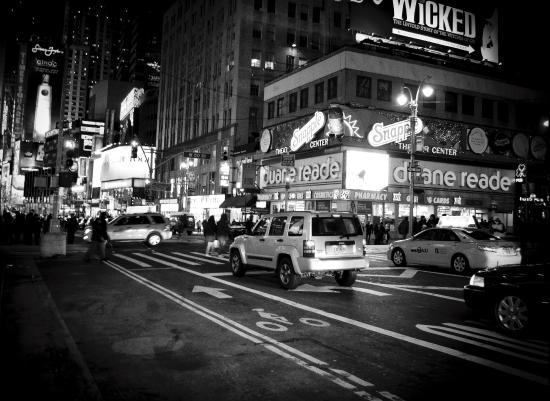 art prints - Night in New York by Hendro Lim