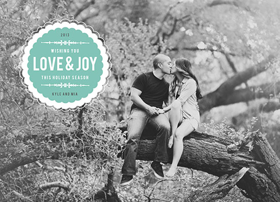 holiday photo cards - Love and Joy Scallop by Danielle Tvetan