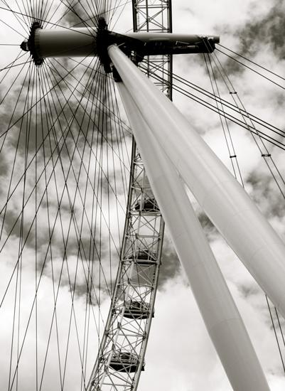 art prints - London Eye by Shannon Casey