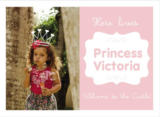 art prints - Here lives a princess by Fabia Moura