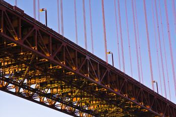 Linear Bridge-Scape