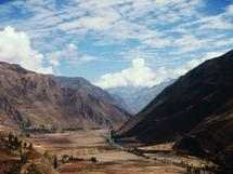Puno Valley by Vinnet