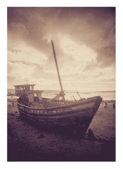 art prints - Shipwreck by jellyjollyho