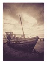 Shipwreck by jellyjollyho