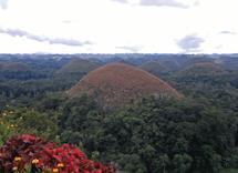Chocolate Hills by Leebert