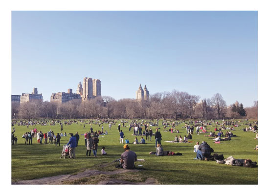 art prints - Central Park Crowd by Easter