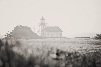 I See A Lighthouse
