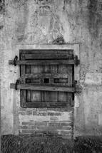 Hornito Antiguo by Alex Garris