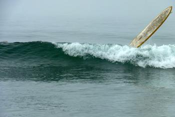 Surfboard 5 Flying, Malibu